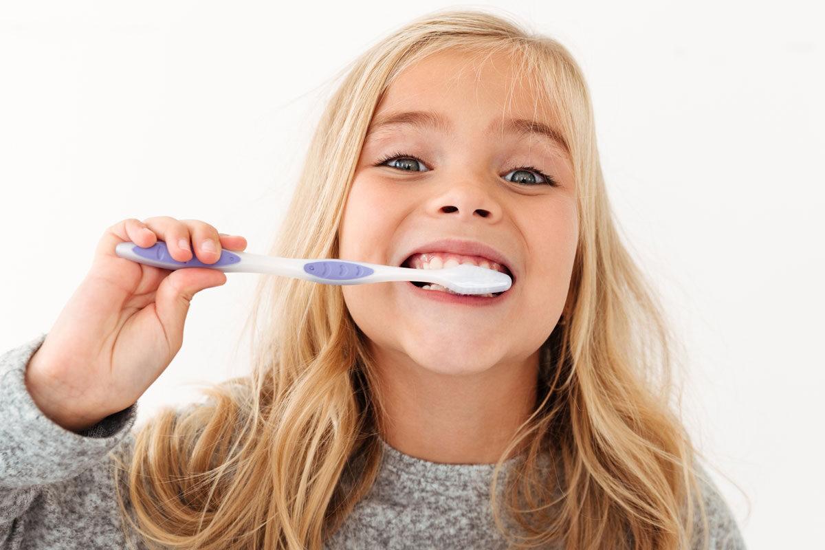 dentista-dentologies-infantil-dental-madrid-1200x800-1200x800.jpg